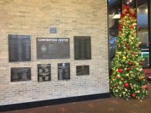 Weihnachtliche Atmosphäre im SABCS Eingangsbereich